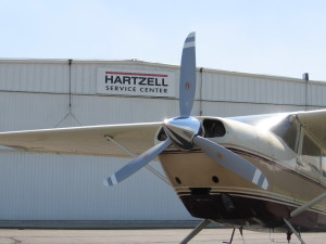 Hartzell 3-blade STC for Cessna 185. Scimitar Blade Design. Propeller PartsMarket, Inc. 772-464-0088